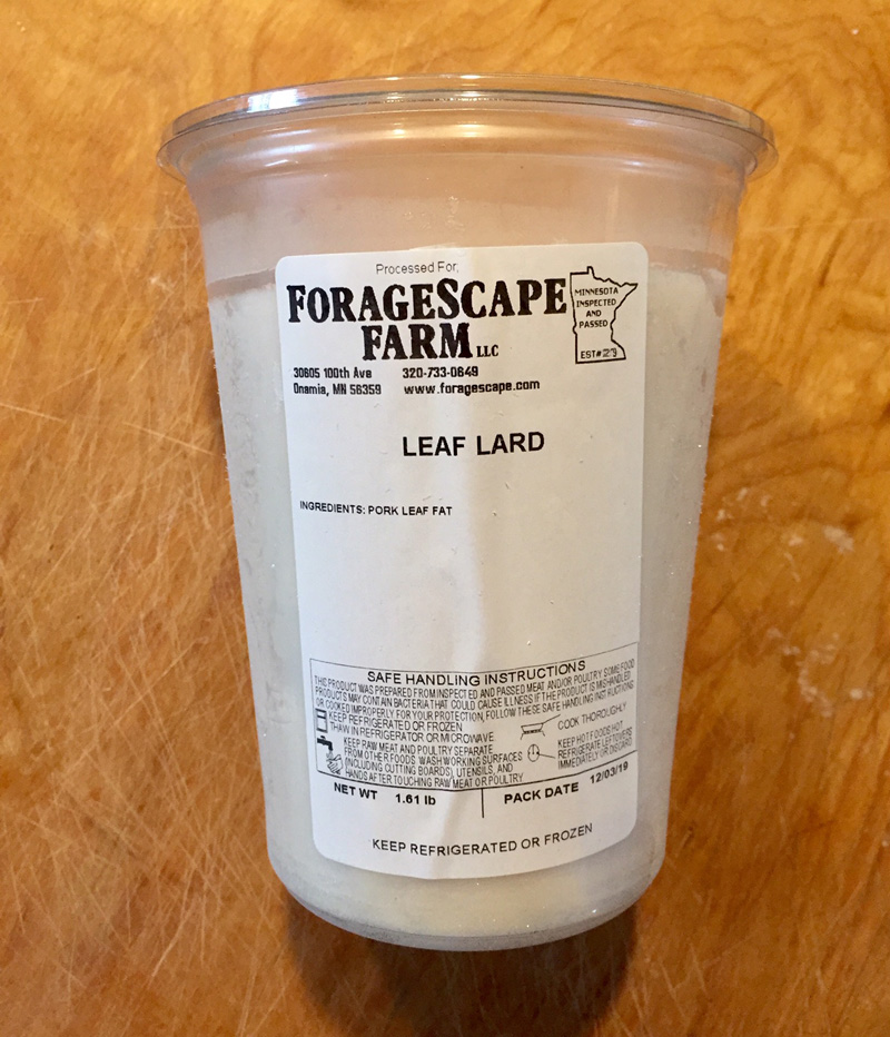leaf lard in plastic container from foragescape farm
